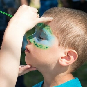 face-painting-2436885_640