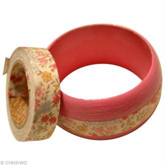 Bracelets en bois so girly avec du fabric tape