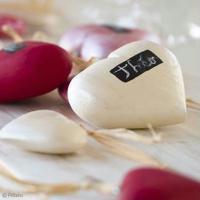 DIY Déco de Saint-Valentin : Petits coeurs personnalisés