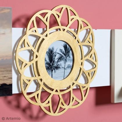 DIY Décoration cadre photo avec de la peinture dorée