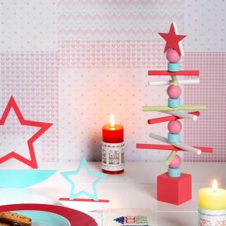 2. Peindre le sapin de Noël en bois