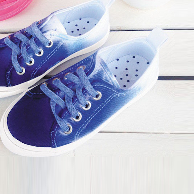 Tuto customisation des baskets en d grad tie and dye id es conseils et tuto customisation - Tuto tie and dye ...