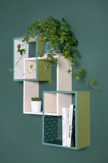 2. Comment décorer une étagère en bois ?