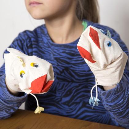 DIY Pâques enfant : fabriquer des marionnettes poulettes