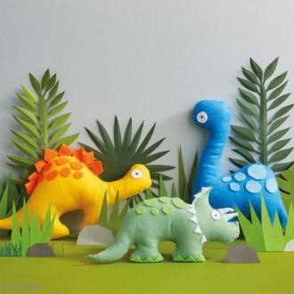 2. Fabriquer les dinosaures en feutrine