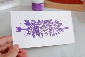 4. Etape 3 : Embosser le marque-pages à motif fleurs