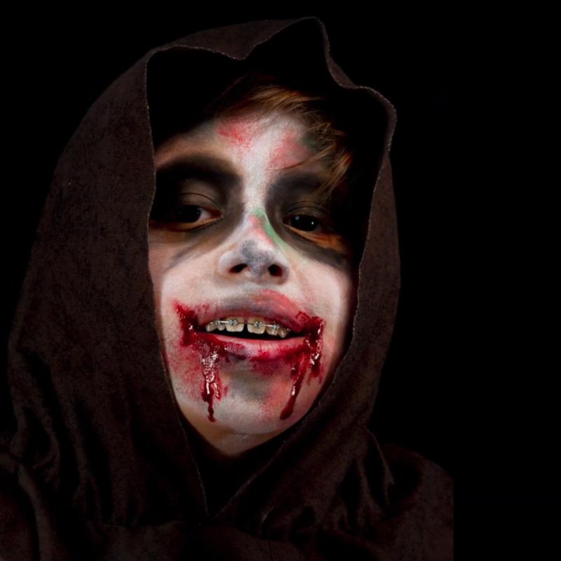 Video Diy Faire Un Maquillage Zombie Pour Enfants Idees Conseils Et Tuto Maquillage