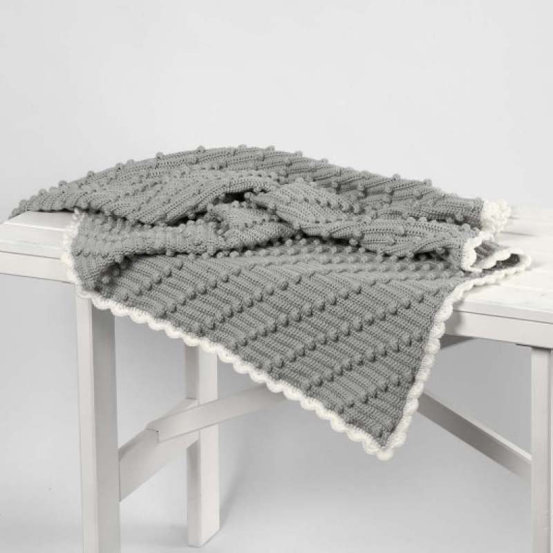 Tuto Crocheter Une Couverture Pour Bébé Avec Des Pompons