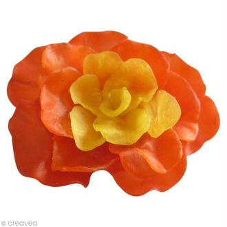 Faire une bougie fleur avec de la cire à modeler