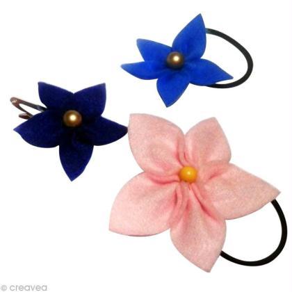 Elastique et barrette fleuris