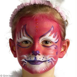 Modèle de maquillage chat rose