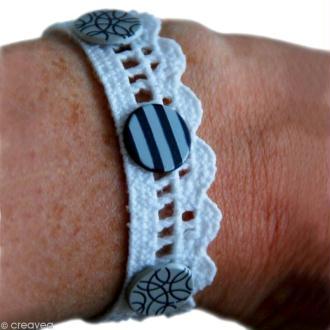 Bracelet en dentelle personnalisable