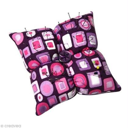 cr er un coussin aiguilles id es conseils et tuto couture. Black Bedroom Furniture Sets. Home Design Ideas