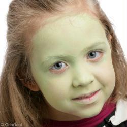 Maquillage Zombie Girl facile , Idées conseils et tuto