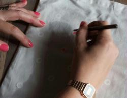 fabriquer un tote bag pois id es conseils et tuto customisation. Black Bedroom Furniture Sets. Home Design Ideas