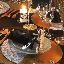Decoration Table Noel Dore Et Blanc
