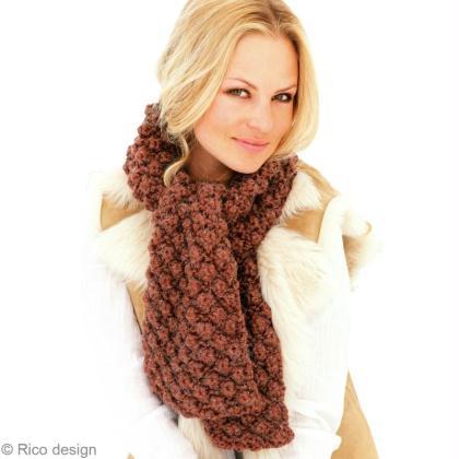 Tuto tricot   Réaliser une écharpe en laine motif astrakan - Idées ... ee55e0ed1bf