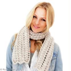 Tuto écharpe en laine grosse maille   Echarpe femme ajourée - Idées ... d821733097c