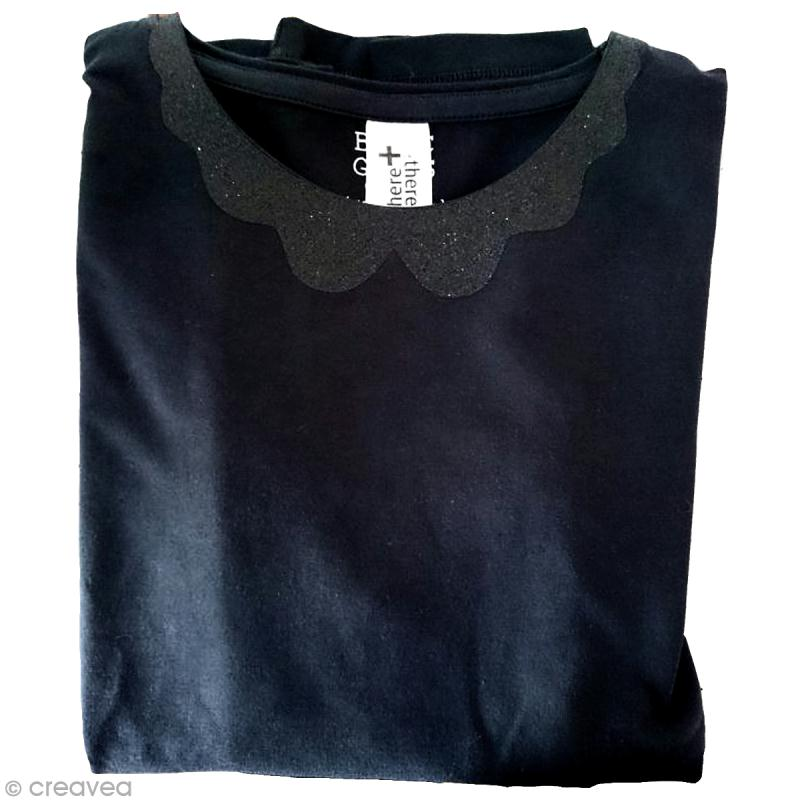 customiser un t shirt avec un col paillettes id es conseils et tuto customisation. Black Bedroom Furniture Sets. Home Design Ideas
