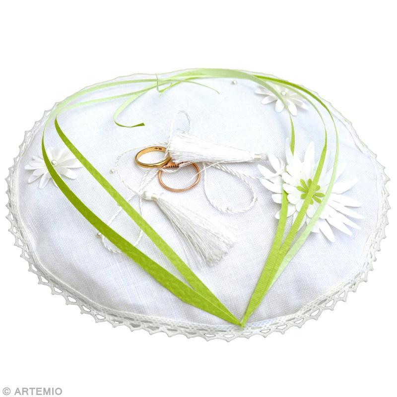 Déco Mariage Vert Blanc Coussin à Alliances Idées