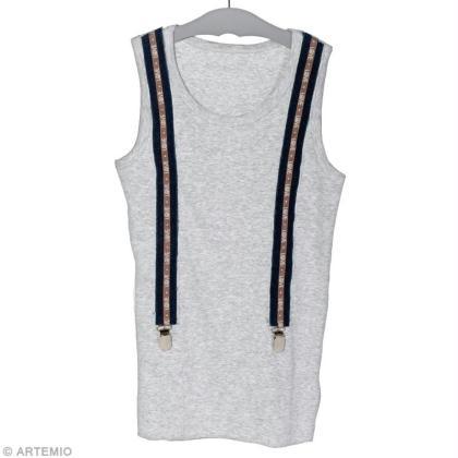 Customiser un t-shirt avec des bretelles