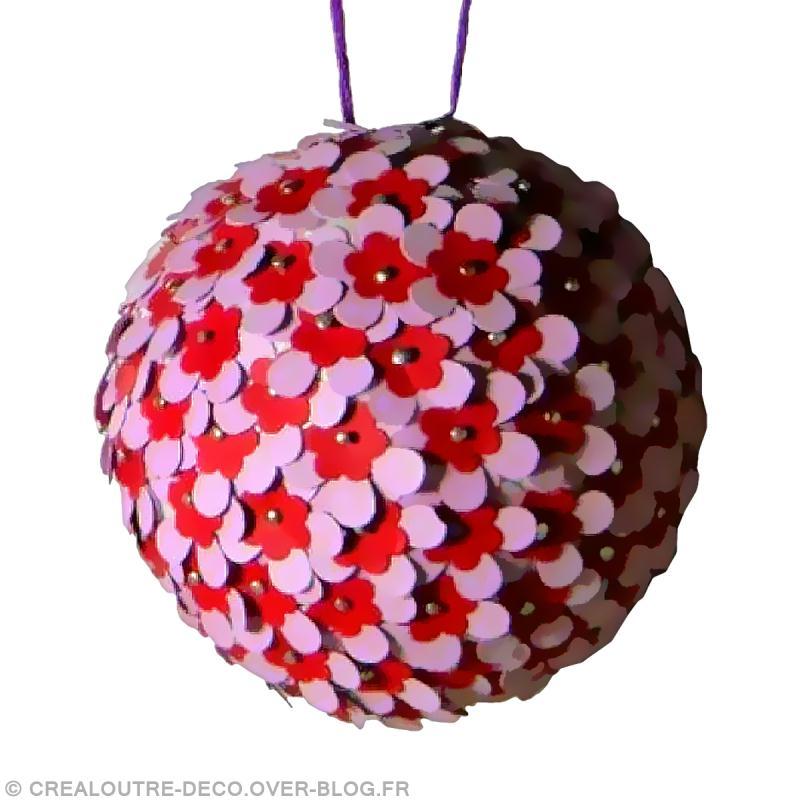 Fabrication De Boule De Noel En Polystyrene.Diy Boule De Noël Fleurie Idées Conseils Et Tuto Boules De