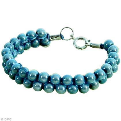 bracelet macram et perles le tuto id es conseils et tuto perles et bijoux. Black Bedroom Furniture Sets. Home Design Ideas