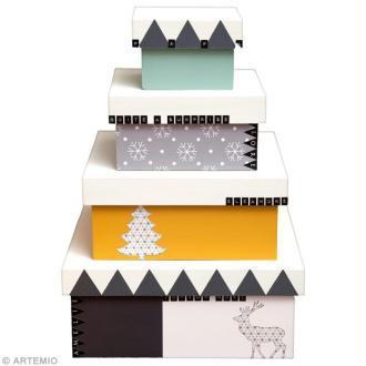 Décoration de boîtes cadeaux géométriques pour Noël