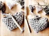 4. Crocheter le coeur en laine #4 et le rembourrer