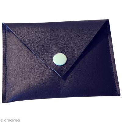 Réaliser un porte-cartes en simili cuir -