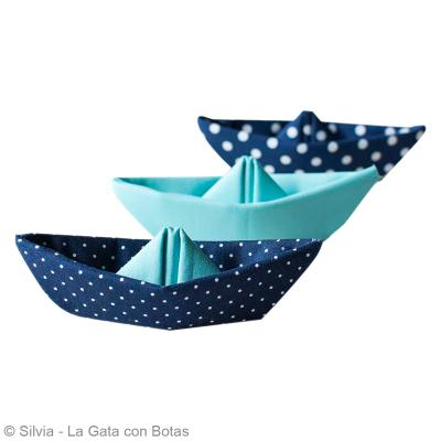 diy origami facile bateau en tissu id es conseils et tuto origami. Black Bedroom Furniture Sets. Home Design Ideas