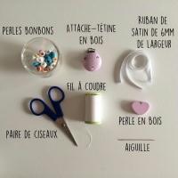 L 39 attache t tine bonbons id es conseils et tuto naissance - Tuto attache tetine perle ...