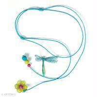 Tuto bricolage Fête des Mères : collier sautoir libellule