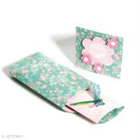 Petit cadeau fête des mères pas cher : broche libellule et sa carte