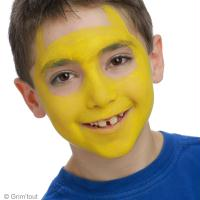 2. La base du maquillage Pikachu de Pokemon