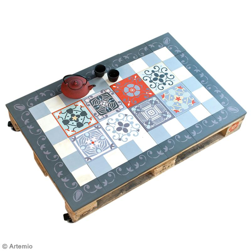 Diy r aliser une table basse vintage avec des palettes for Table de jardin en ciment