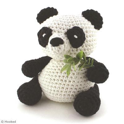 diy panda amigurumi au crochet id es conseils et tuto crochet et tricot. Black Bedroom Furniture Sets. Home Design Ideas