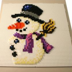 3. La composition du bonhomme de neige en perles à repasser HAMA spécial Noël