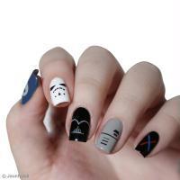 DIY Star Wars Nail Art
