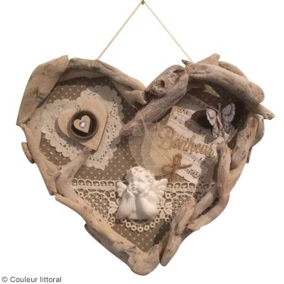 Diy cadre coeur en bois flott id es conseils et tuto for Cadre en bois flotte technique