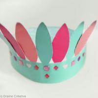 DIY vidéo : La couronne de plumes en Queen Tape