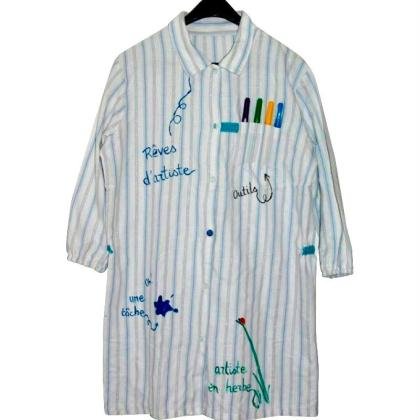 Tablier personnalisé à partir d'une chemise recyclée