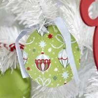 Bricolage de Noël : Boules en papier pour sapin