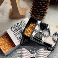 Bricolage Noël : Mini boîtes cadeaux noir & blanc pour jolies surprises