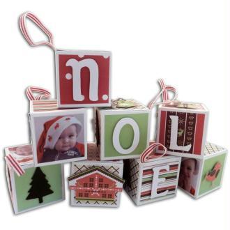 Décoration sapin de Noel avec les cubes de Noel