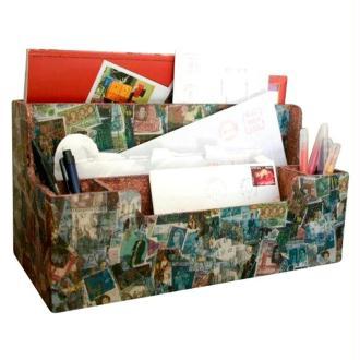Boîte à courrier en décopatch et peinture à effet pierre