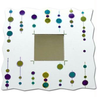 Décorer des miroirs personnalisés avec la technique des cabochons Diam's