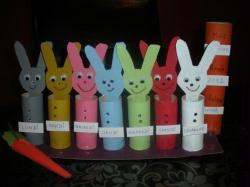 fabriquer le semainier des petits lapins avec un enfant id es conseils et tuto activit. Black Bedroom Furniture Sets. Home Design Ideas