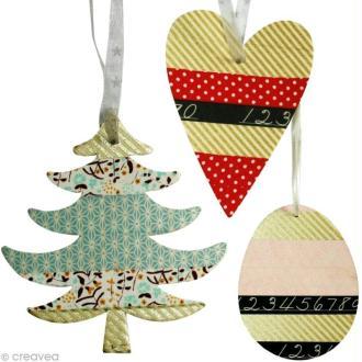 Suspensions de Noël et masking tape