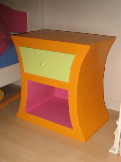 chevet enfant cr ation meuble en carton de creamumu n 19 702 vue 8 815 fois. Black Bedroom Furniture Sets. Home Design Ideas